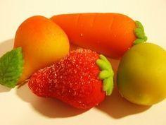 Los deliciosos mazapanes han inspirado nuestra imaginación desde niños. ¿Cómo se podían hacer esos dulces tan parecidos a las frutas?