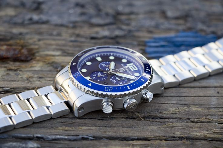 Elliot Brown, Bloxworth  http://www.thewatchhut.co.uk/Elliot-Brown-Gents-Bloxworth-929+003-Watch-909+003.html