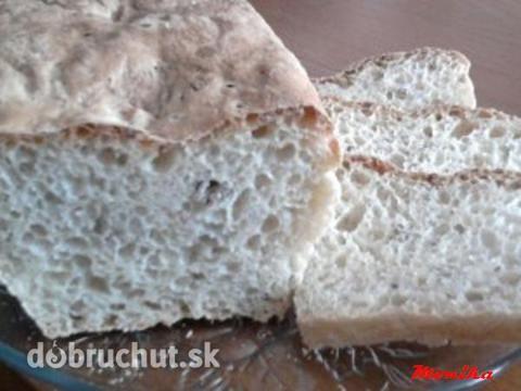 Fotorecept: Pivný chlieb bez miesenia a bez dlhého kysnutia - Ak chýba chlebík tento je jednoduchý, rýchly a stačí iba zamiešať.