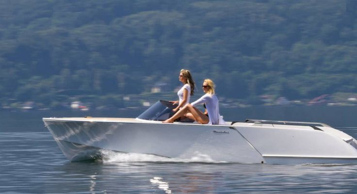 Electric runabout / inboard / classic / 6-person max. 650 ALASSIO FRAUSCHER BOOTSWERFT