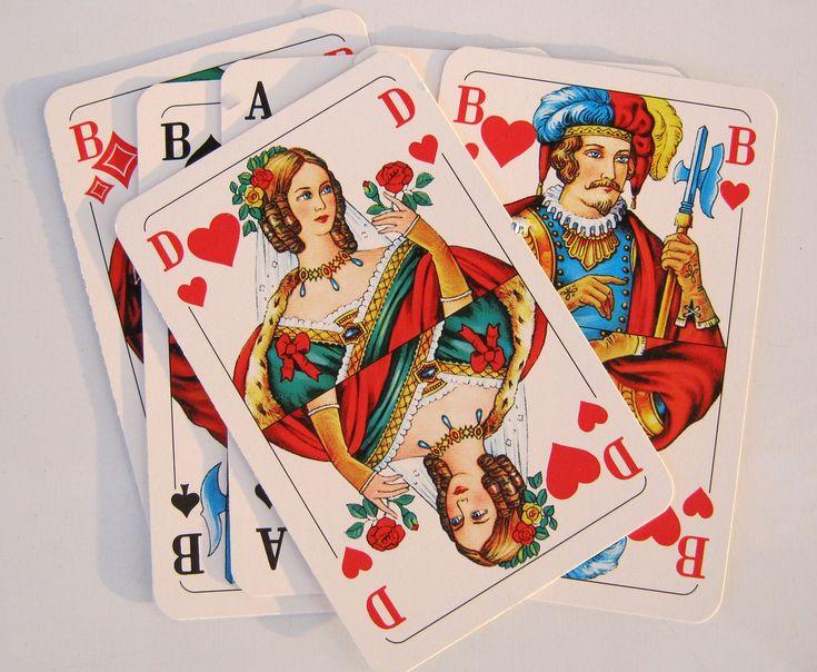"""Auf dieser Seite findest Du meine Einführung in die Skatkarten  Kurzbedeutungen der Skatkarten  Dort stelle Ich Euch  kurze Bedeutungen der Skatkarten vor, so wie ich diese auch in meinem Buch """"Kartenlegen mit den Skatkarten"""" erkläre."""