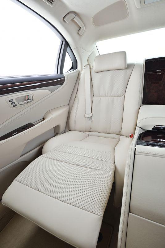 best 25 lexus truck ideas on pinterest lexus cars is 250 lexus and lexus is250. Black Bedroom Furniture Sets. Home Design Ideas