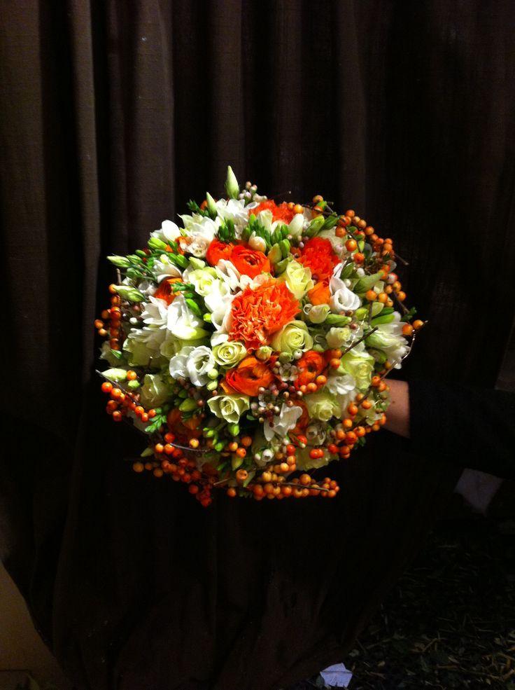 Brudebukett laget av Ida på Vika Blomsterglede