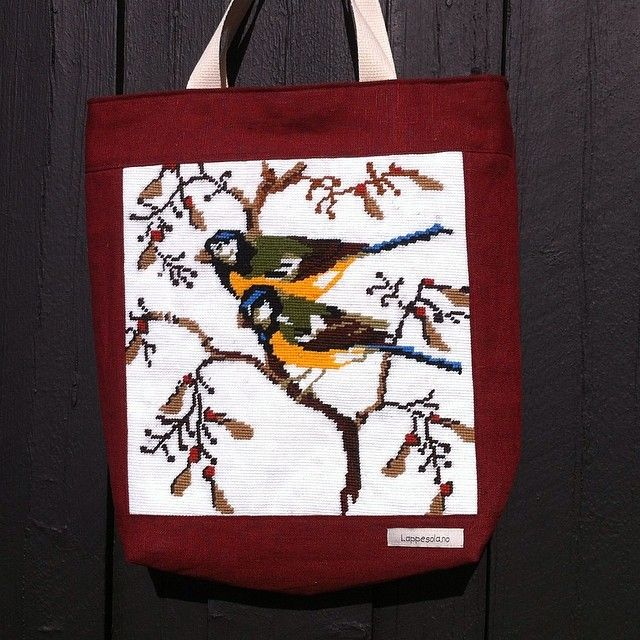 Tote with needle point birds