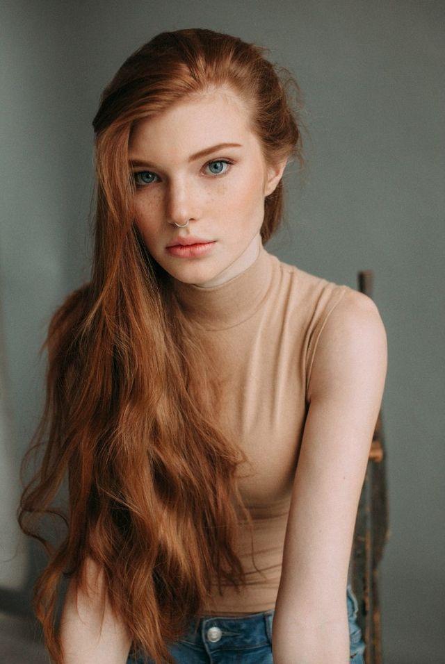 Dit is het beeld dat ik heb van America. Rood haar, blauwe ogen, jong uiterlijk en egale huid.