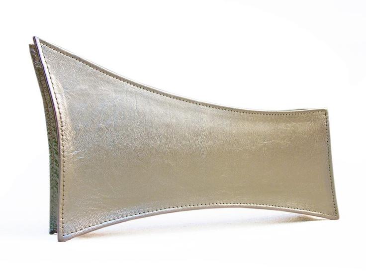 Leonis - gold leather - Biskup Handbags