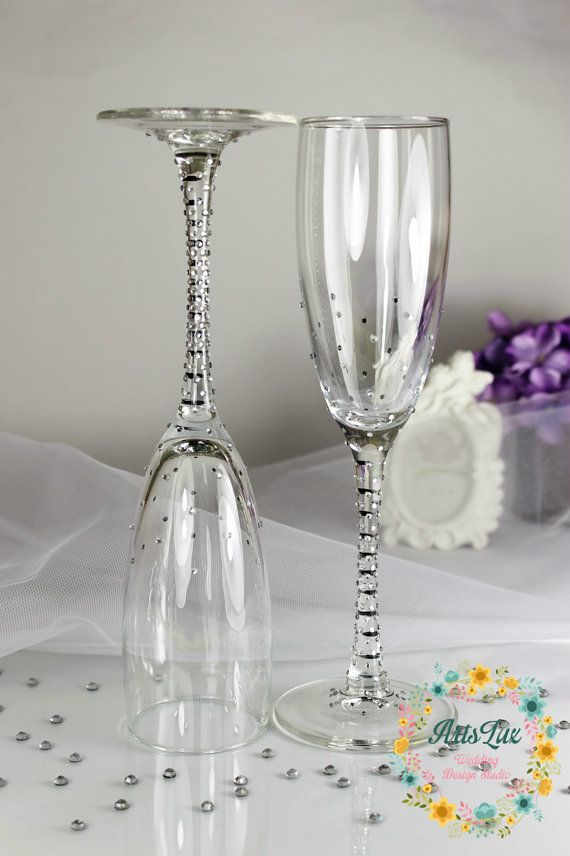 Brilliant Wedding champagne glasses with shimmering by ArtsLux