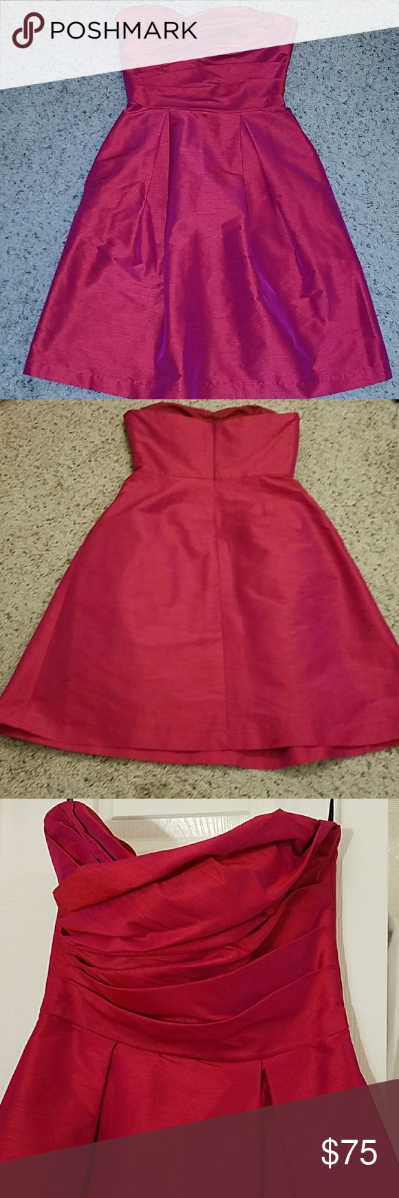 Alfred Sung Strapless Formal Cocktail Dress D536 Worn once, excellent condition  Cocktail length dress with pockets Rear Center Zipper color Sangria Lined outer and inner shell polyester Silk dupioni look Style number D536 alfred sung Dresses Wedding