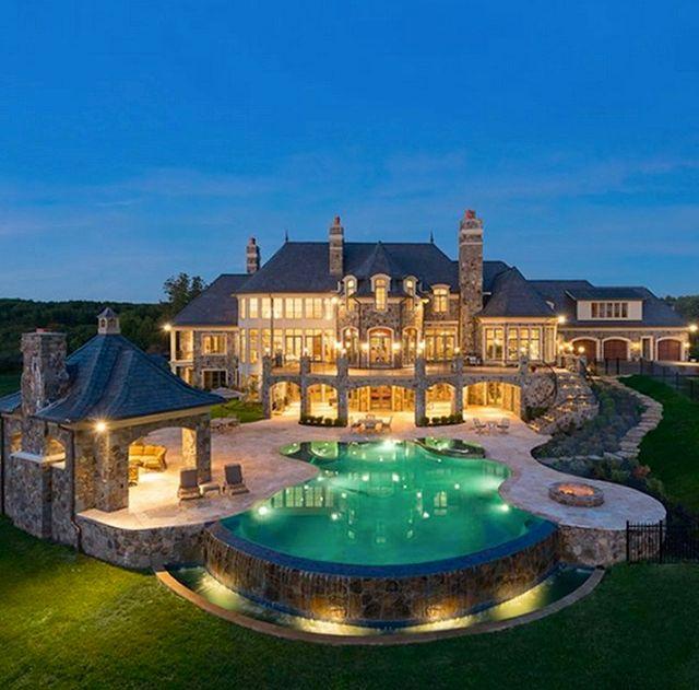 Attractive Luxury Mansion   Luxury Decor More   Luxury Homes Amazing Ideas