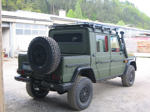 217 best images about g wagen made by steyr puch on pinterest military mercedes g class and. Black Bedroom Furniture Sets. Home Design Ideas