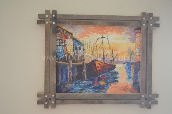 My Uses of Pallets: Unique Picture frames