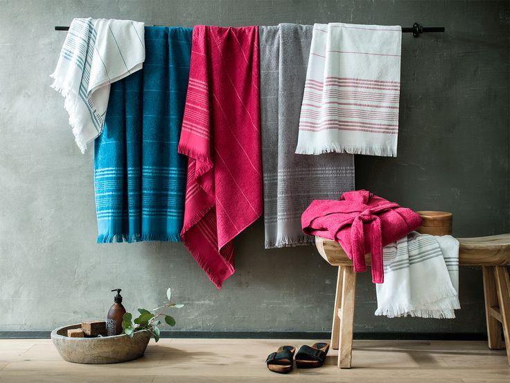 Éponges légères pour un été coloré et doux ! Parfaites pour la plage et la piscine, ces serviettes sont facile à transporter. www.blanc-cerise.com
