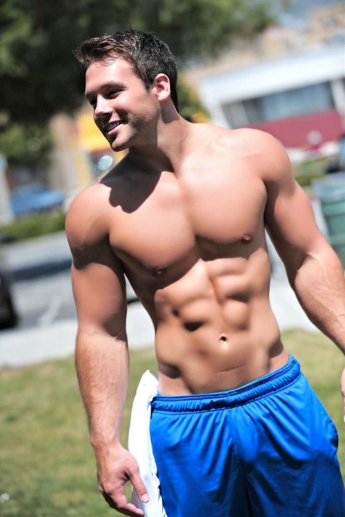 145 best Bulging cock guys images on Pinterest | Sexy guys