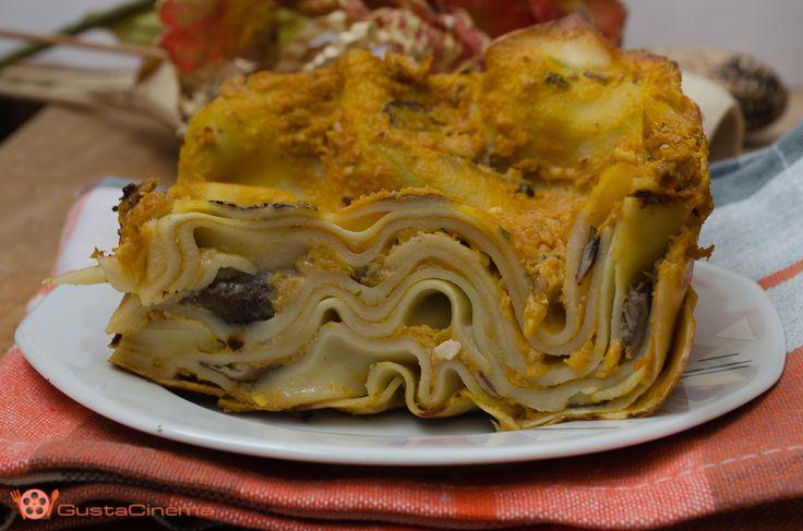Pumpkin and mushroom lasagne - Lasagne con pesto di zucca e funghi un primo piatto ricco di gusto che racchiude tutti i sapori dell'autunno.