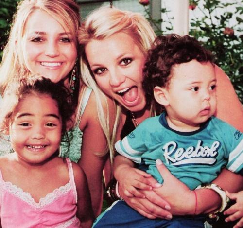Britney, Jamie-Lynn & Kevin Federline's kids [Candids ...