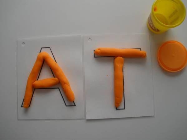 Apprendre les lettres avec de la pâte à modeler | La cabane à idées