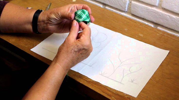 Neste segundo vídeo da série sobre bordado, mostro como fazer um desenho simples e como fazer o primeiro ponto de bordado! Gravei com carinho, espero que gos...