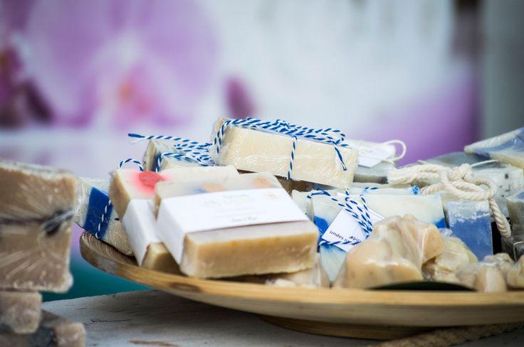 Scopriamo insieme come si compone il sapone e cosa dobbiamo leggere nella lista degli ingredienti (INCI).