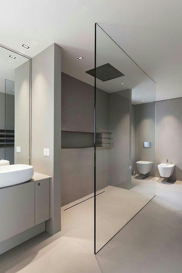Bodenablauf & Beleuchtung Erwägen Sie, das Duschglas in einem beliebigen Winkel zu platzieren, der