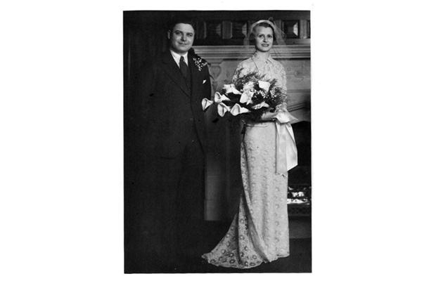 William James (Jack) McFarlane and Alice Hughes, taken by Karsh at the Chateau Laurier on April 24, 1937.