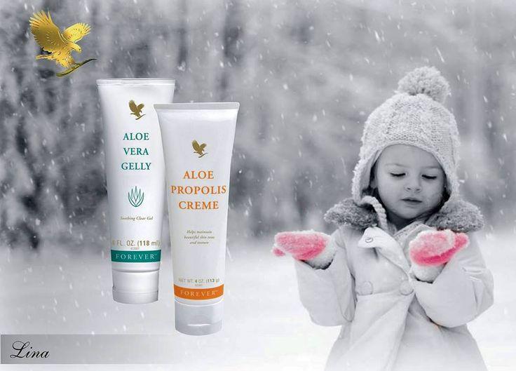 Az Aloe Propolis Creme krémes keveréke az Aloe Vera Gel-nek és a propolisznak. A, E vitamin és válogatott hidratáló tartalmával táplálja a bőröd. Az Aloe Vera zselé helyileg hidratálja, puhítja és kondicionálja bőröd. Az International Aloe Science Council igazolja a termékek aloe tartalmát és tisztaságát. http://360000339313.fbo.foreverliving.com/page/products/all-products/5-skin-care/hun/hu Segítsünk? gaboka@flp.com Vedd meg: https://www.flpshop.hu/customers/recommend/load?id=ZmxwXzEzOTU3
