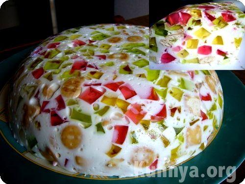 Бисквитный торт корзиночка с клубникой