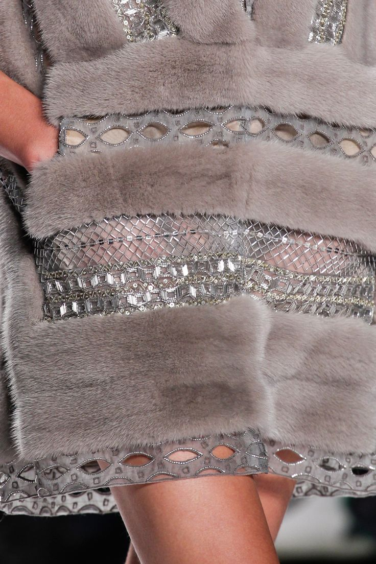 J. Mendel Spring 2014 RTW - Details - Fashion Week - Runway, Fashion Shows and Collections - Vogue