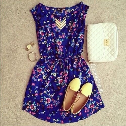For this outfit,I will switch to sandals for the summer. Necklace, watch, nice shoes. (ू•ᴗ•ू❁)