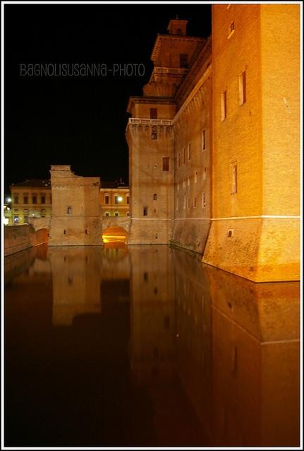 Castello  Estense di ferrara  5 by Susy_Oby, via Flickr #InvasioniDigitali il 24 aprile alle ore 10:30 Invasore: TurismoFerrara