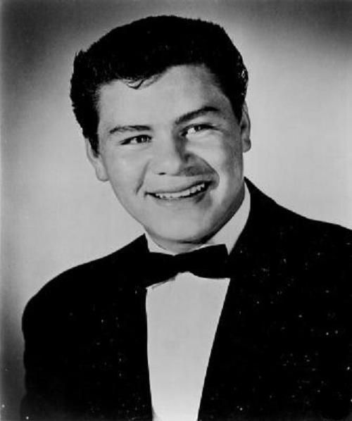 Ritchie Valens 1941-1959 (Age 17) Died in a plane crash. This guy here was very important for the Latino community because in his short eight months of fame he showed that anyone can make it no matter where your from and plus he makes really good music