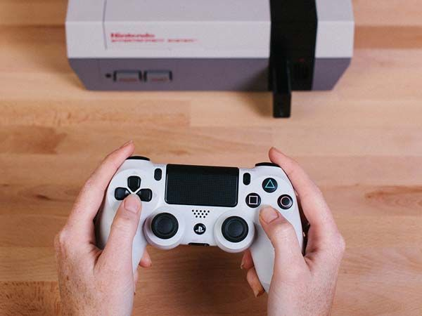 The Retro Receiver Lets You Play NES with Wireless Controllers