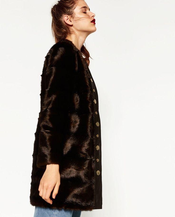 Manteau en fausse fourrure de chez Zara.MANTEAUX ET DOUDOUNES TENDANCES POUR L'HIVER