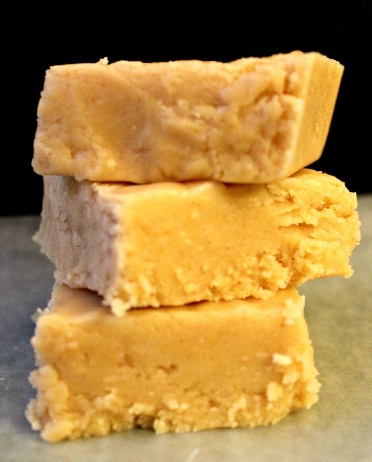 Melt-in-your-mouth Peanut butter fudge. Creamy rich texture. Easy to make and quick to make. Only takes 15 minutes. Made with marshmallows.