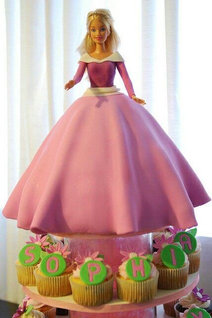 Fondant Aurora ~ Sleeping Beauty Disney Doll Cake