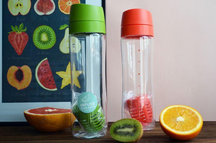 Фруктовая вода — яркий и полезный напиток с приятным вкусом и ароматом. Рецепт цитрусовой детокс воды с грейпфрутом, апельсином и киви.
