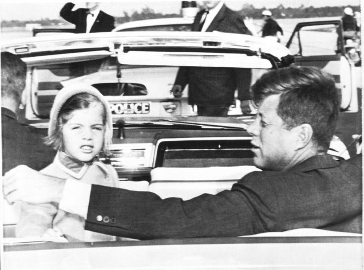 President John F. Kennedy makes a short visit to see his ailing father in Palm Beach, and is joined by his little daughter Caroline in the back seat as the motorcade leaves for the Kennedys Palm Beach residence ~ March 9th, 1962.♡❤❤❤♡❤♡❤❤❤♡    http://en.wikipedia.org/wiki/John_F._Kennedy http://en.wikipedia.org/wiki/Caroline_Kennedy   http://www.johnkcastle.com/john-k-castle-restoration-of-the-jfk-winter-white-house/