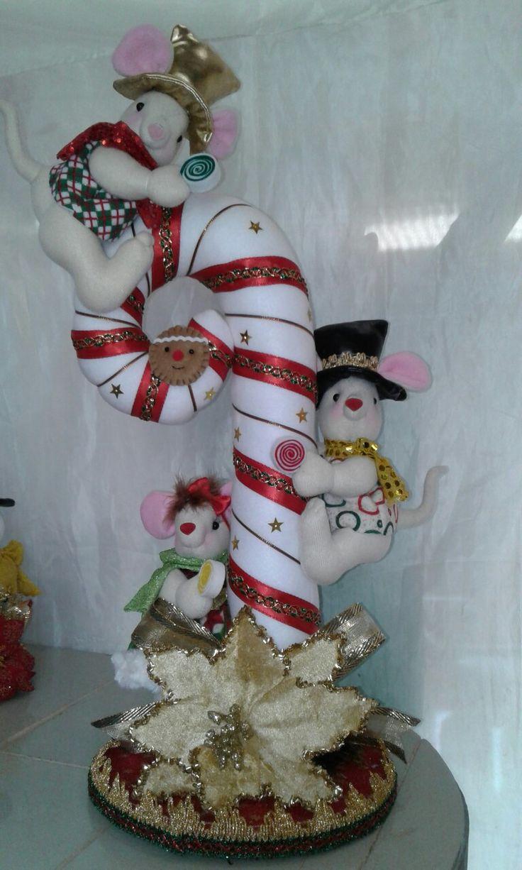 Centro de mesa de baston con ratoncito s navideños