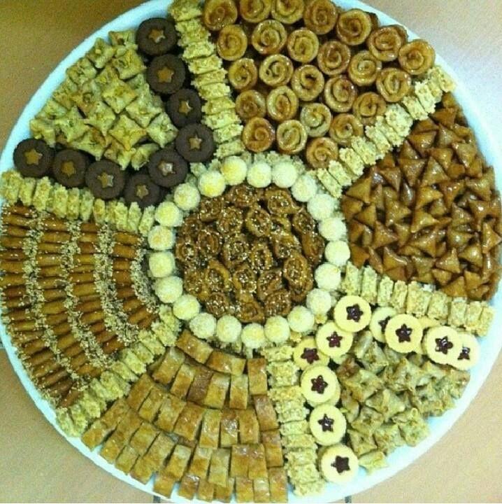 فن تقديم الحلويات المغربية العريقة والأ صيلة gateau