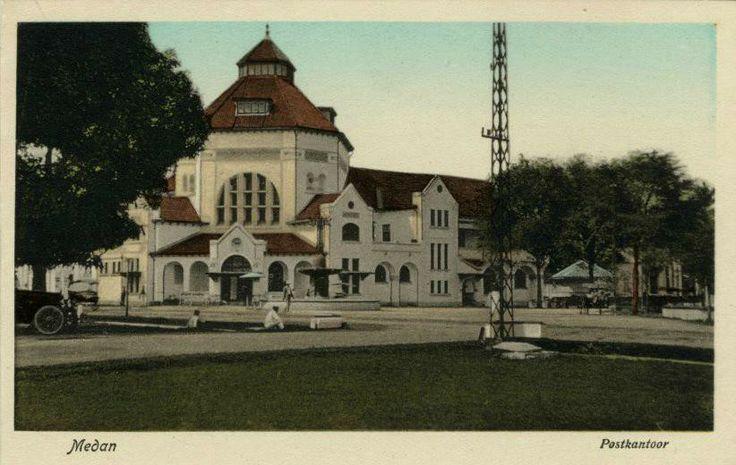 Post Office Medan - Postcad 1910 (collectie tropenmuseum potret)