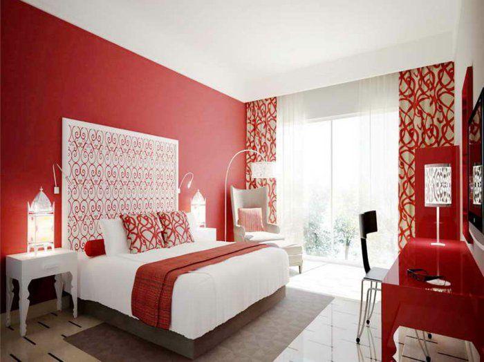 chambre a coucher de couleur carmin, murs rouges, intérieur moderne, plafond blanc,
