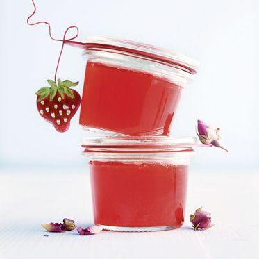 Erdbeer-Rosen-Gelee Rezept | Küchengötter