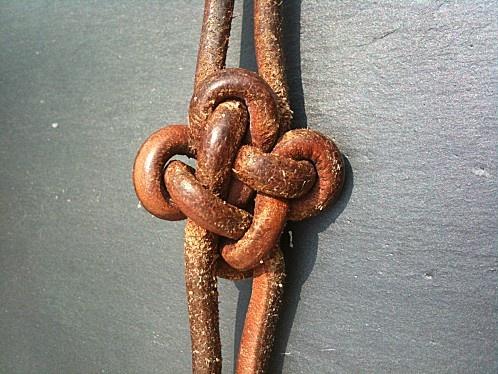 Kmots, knot in english...mxs Fabriquer une variante du noeud carré