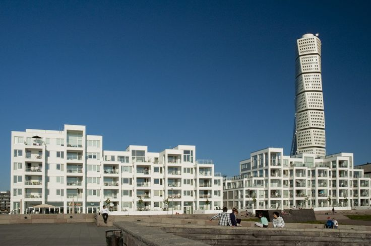 Read about what you can do during a vacation in Malmö.   #malmö #turningtorso #westernharbor #co2neutral