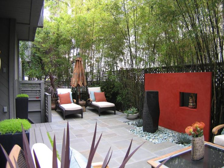 Create Privacy in your Outdoor Space With Walls and Fences >> http://www.diynetwork.com/how-to/rooms-and-spaces/walls-and-ceilings/beautiful-walls-and-fences-for-outdoor-spaces-pictures?soc=pinterest