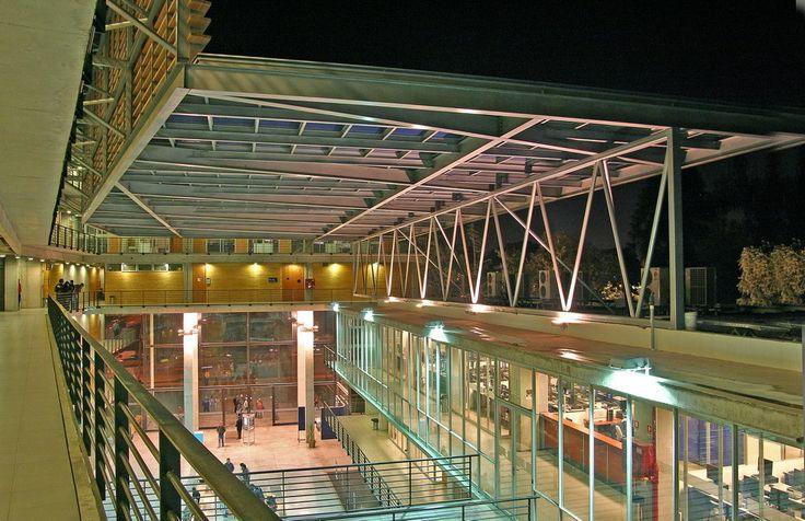 Galeria de Duoc Puente Alto / Sabbagh Arquitectos - 13