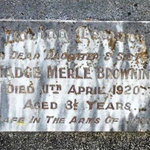 The broken hearts behind a little gravestone