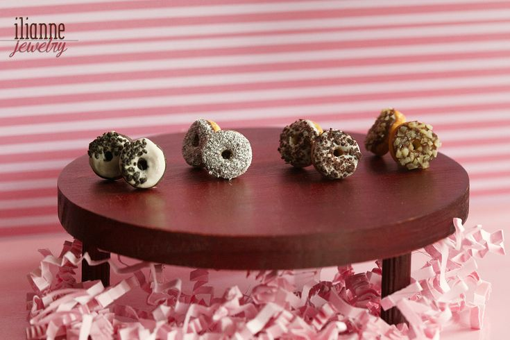 Ilianne | Jewelry Made of Love - Chocolate with Crumbs Donuts