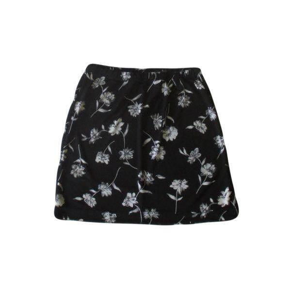 Black Floral Mini Skirt / 1990s Grunge / Summer Goth (64 VEF) ❤ liked on Polyvore