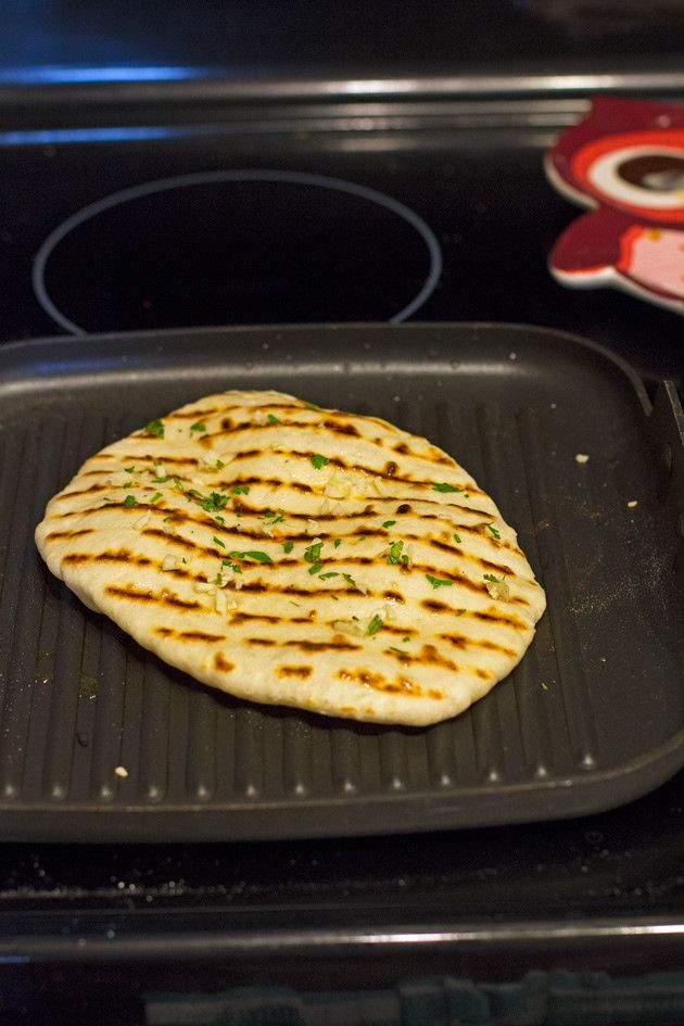 how to make garlic naan bread