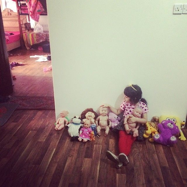 """Asma, after today's two explosions, got dressed up and gathered all her dolls and lined them up in the hallway. She cares about her toys."" Yemen (https://instagram.com/orange.ok/"